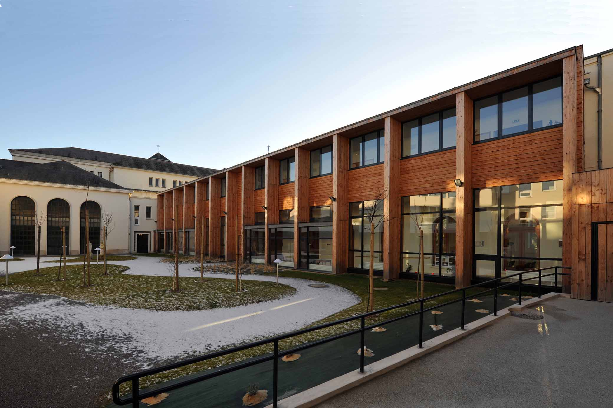 Ehpad euphrasie pelletier angers 49 r alisations a for Architecte angers